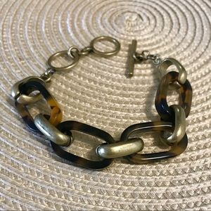 Chloe + Isabel Jewelry - Heirloom Tortoise Link Bracelet